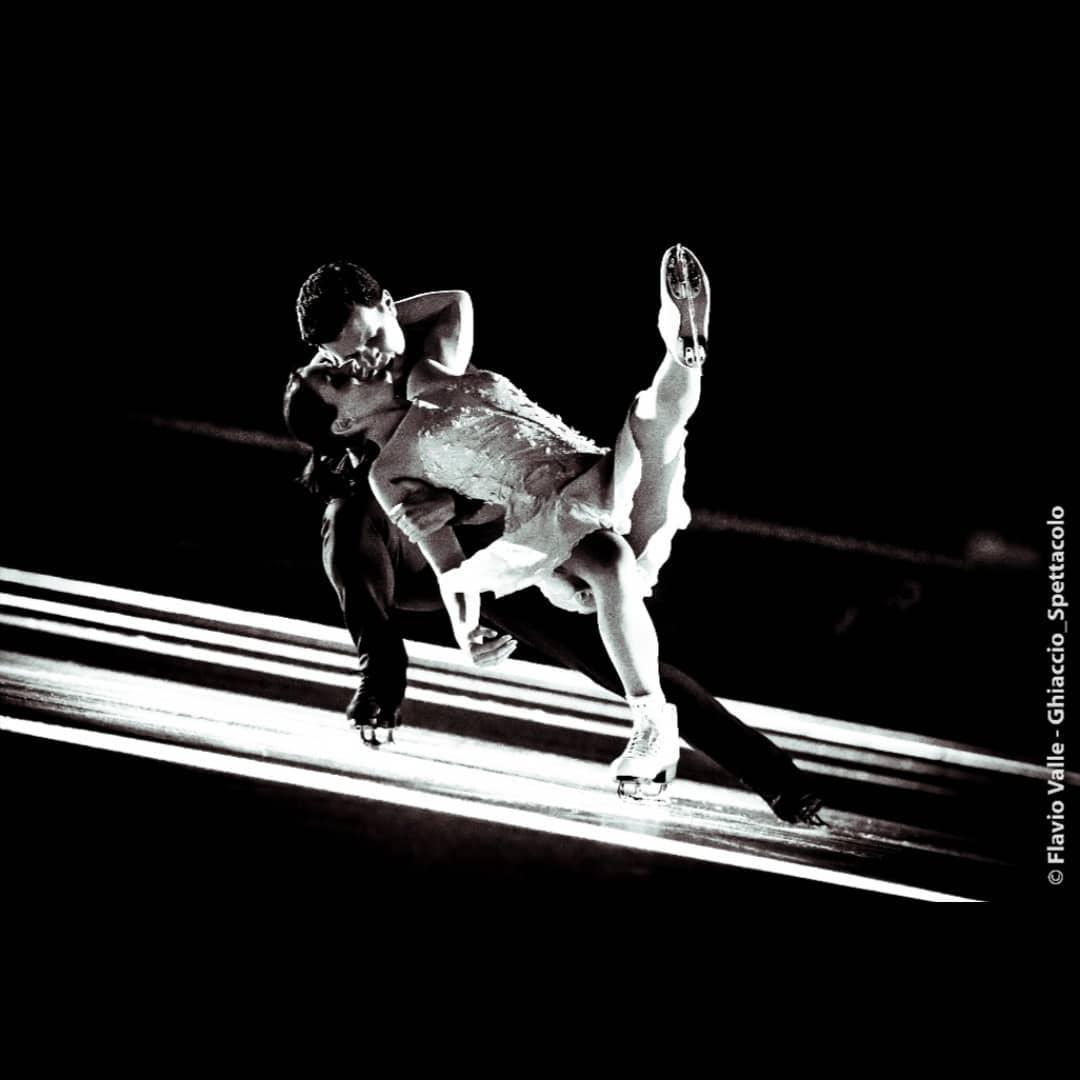 Ледовые шоу-5 - Страница 38 3cCeb