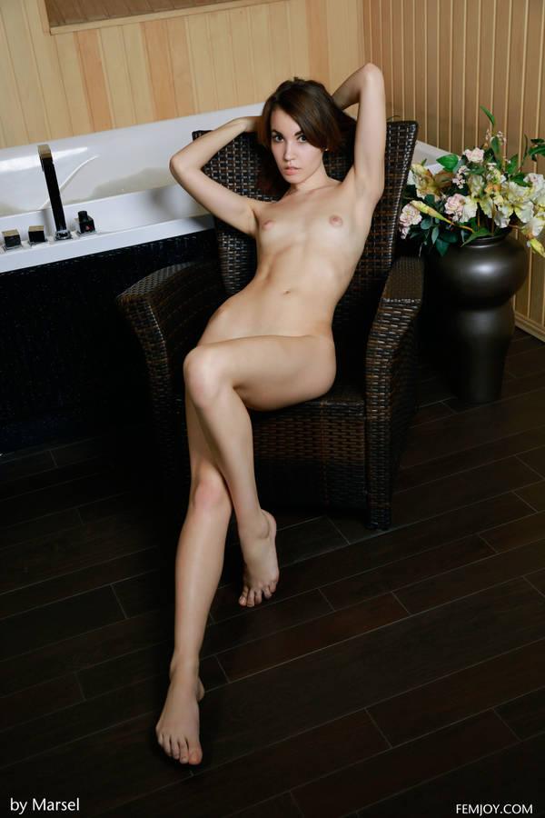 http://sh.uploads.ru/t/2s3qt.jpg
