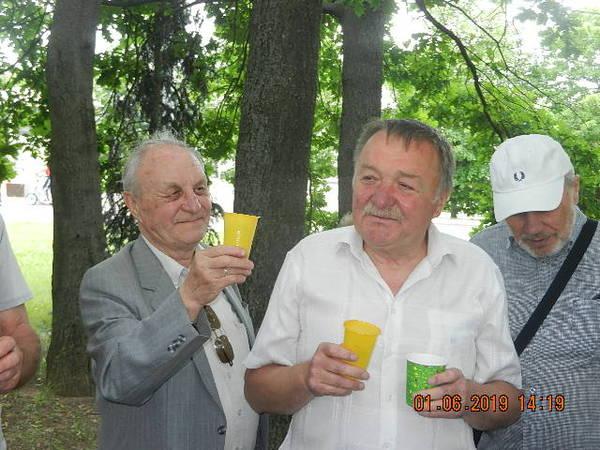 http://sh.uploads.ru/t/NpJEu.jpg