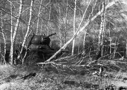 КВ-13 («Объект 233») - средний танк Ax8M0
