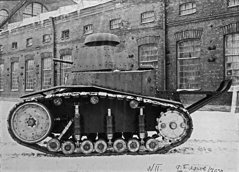 Т-16 - танк сопровождения (полковой). J2C4F
