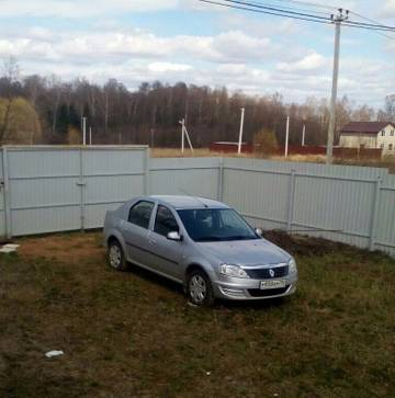 Угнали автомобиль Renault Logan