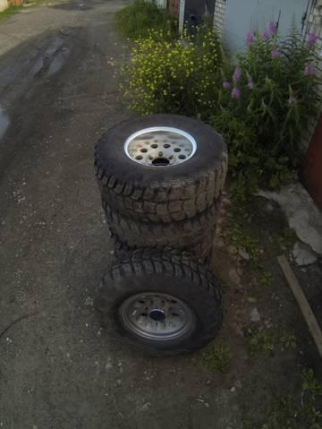 Продам колёса r15 с резиной 32.11.5 r15