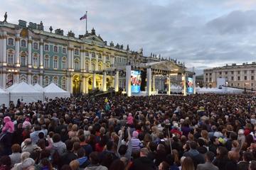 На Дворцовой площади во время Евро-2020 откроют фан-зону